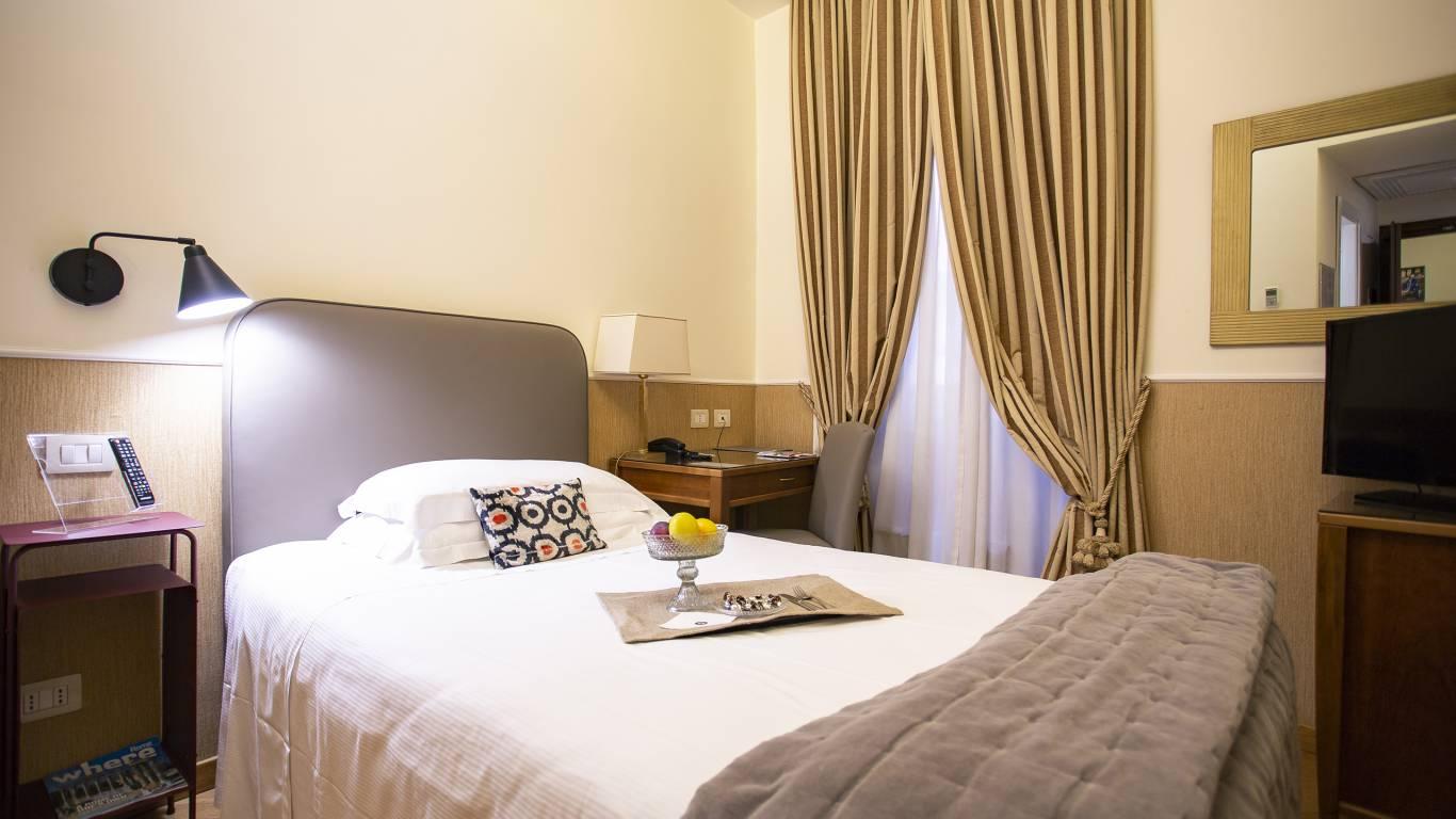 z-01A4666-hotel-adriano-roma-camera-Singola