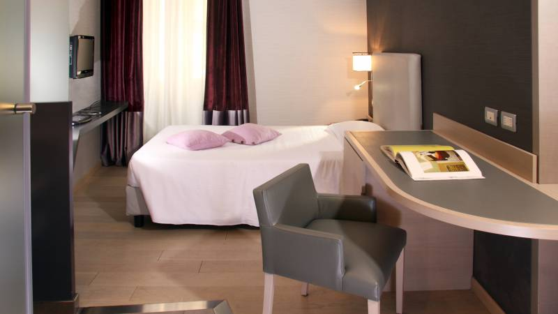 gallery-247-hotel-adriano-roma-camera-singola-superior
