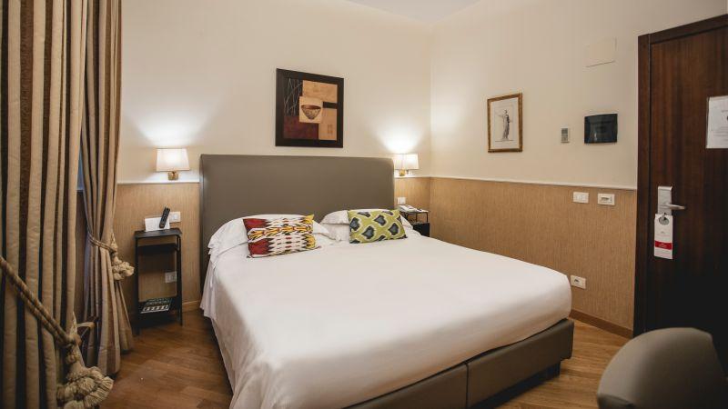 hotel-adriano-roma-camera-matrimoniale