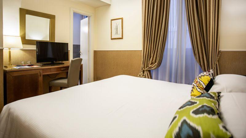 hotel-adriano-roma-camere-matrimoniale-3
