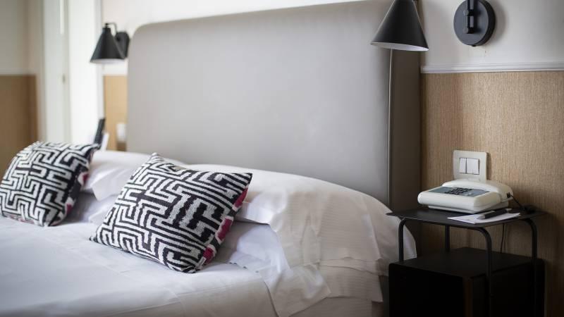 z-01A4570-hotel-adriano-roma-camera-Matrimoniale-Classica-Dus-classica